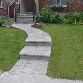 Curvy Interlock Walkway with veneer Stairs and Steps to Curb